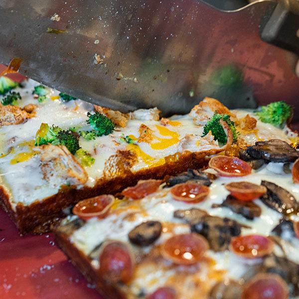 iron-born-pizza-2
