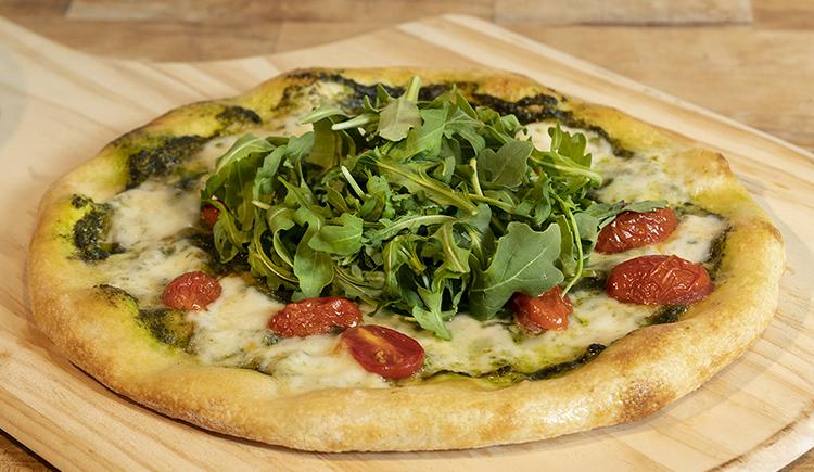 Arugula & Fresh Mozzarella Pizza